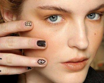 Модный дизайн ногтей 2012