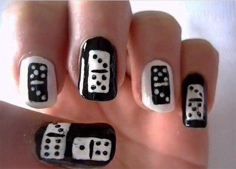 Учимся рисовать дизайн ногтей домино