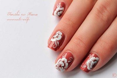 Дизайн ногтей на гель лаке цветы