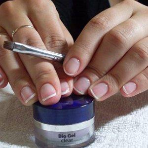 Биогель для ногтей в домашних условиях что нужно