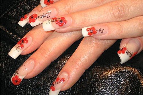 Дизайн ногтей яркий френч