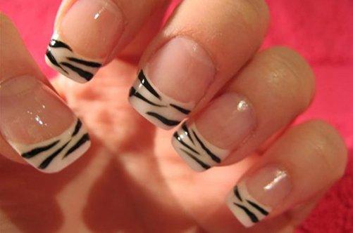 французский маникюр зебра на натуральных ногтях фото