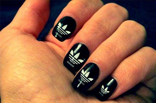 спортивный дизайн ногтей адидас фото
