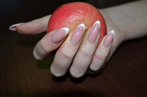 дизайн ногтей форенч острые ногти фото