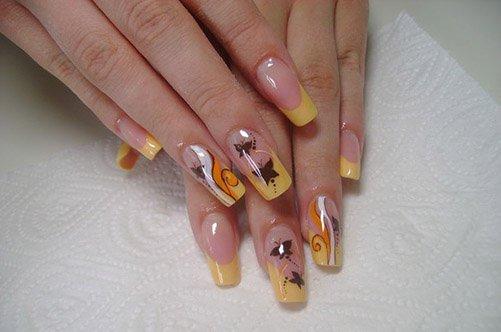дизайн ногтей желтый френч с бабочками фото