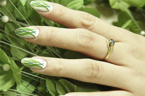 Дизайн ногтей голубой цвет
