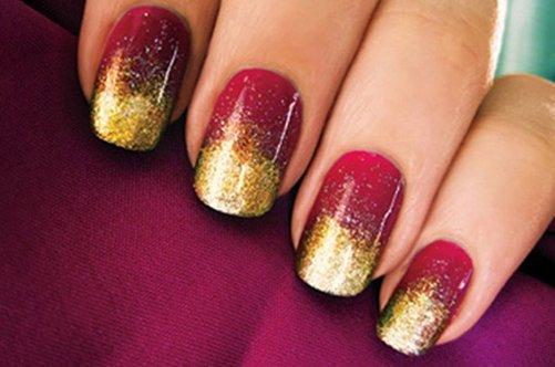 красный золотой дизайн ногтей губкой фото