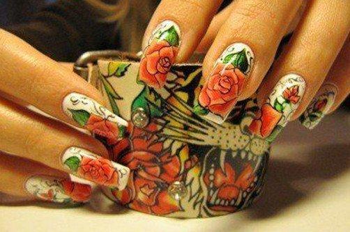 маникюр с розами фото