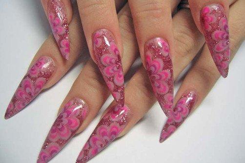 острые розовые ногти фото