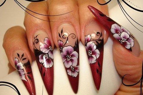 острые ногти с узорами фото