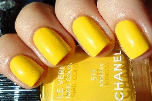 яркий желтый весенний дизайн фото