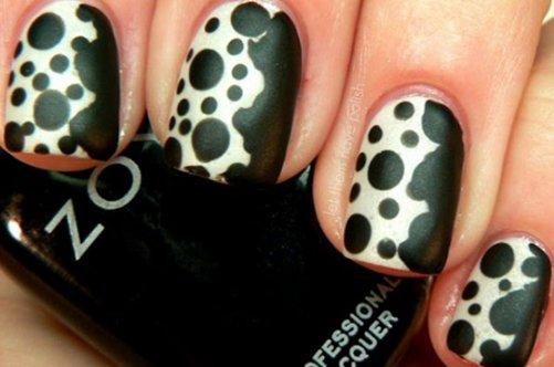 черно-белый дизайн ногтей далматинец фото