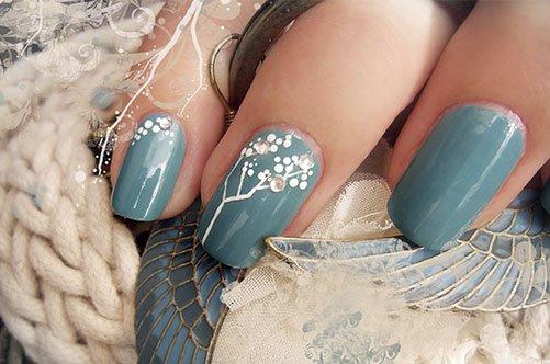 дизайн ногтей с веткой сакуры фото