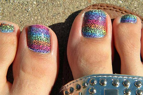 дизайн ногтей на ногах омбре фото