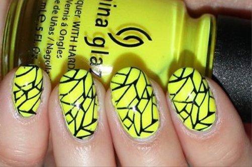 желтый дизайн ногтей витраж фото