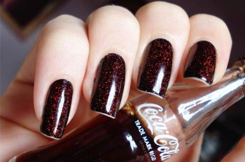 фото бордового дизайна гелевых ногтей