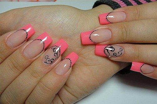 фото дизайна ногтей розовый френч с аппликацией