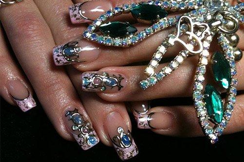 фото дизайна ногтей жидкие камни