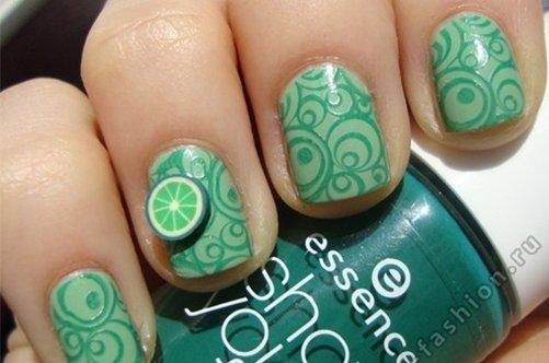 фото красивого фруктового дизайна ногтей 2013