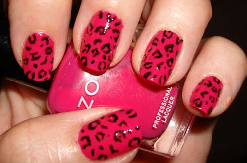 яркий дизайн ногтей леопард фото