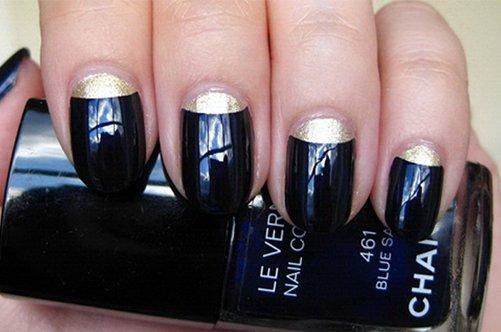черный лунный дизайн ногтей фото