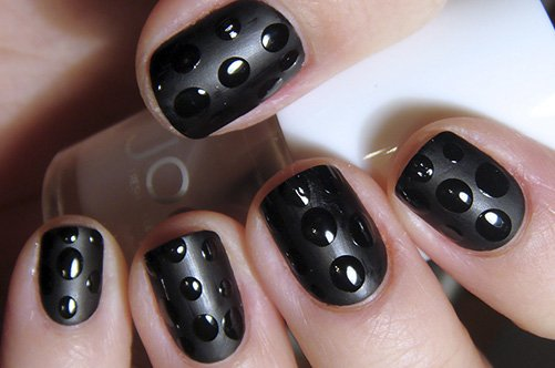 черный матовый дизайн ногтей фото