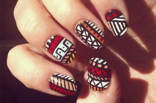 модный дизайн ногтей осень 2013 с индейским узором фото