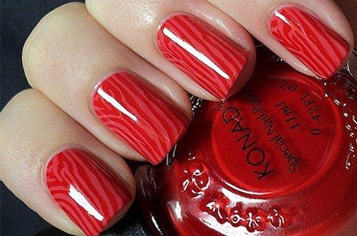 модный осенний маникюр красным лаком фото