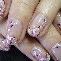 нежный лиловый дизайн ногтей фото