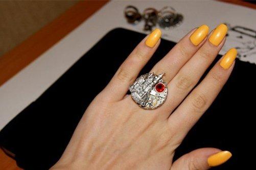 новые дизайны ногтей 2013 желтый лак фото