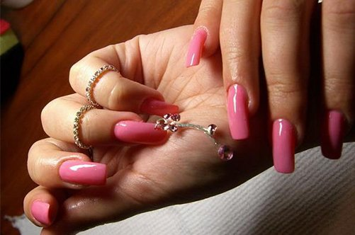 новые дизайны ногтей 2013 розовый маникюр с пирсингом фото
