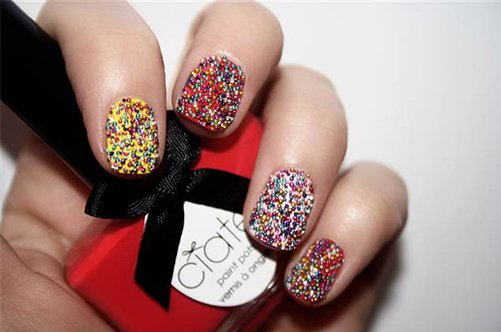 оригинальный дизайн ногтей с шариками фото