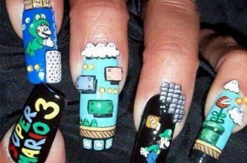 прикольный дизайн ногтей марио фото