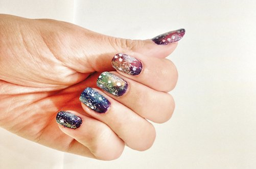 шикарный дизайн ногтей космос фото
