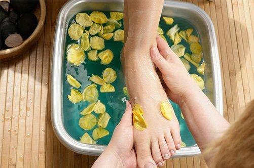кислотный педикюр ванночка фото