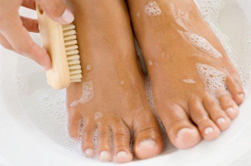 педикюр очищение ног фото