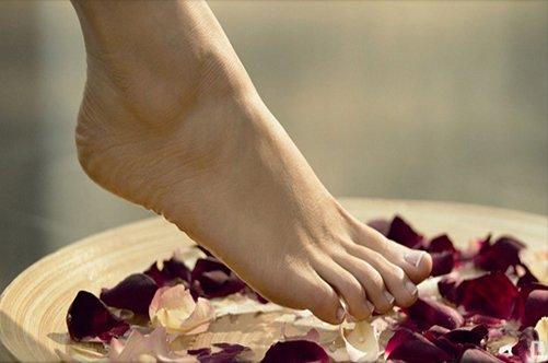 педикюр в домашних условиях распаривание ног фото