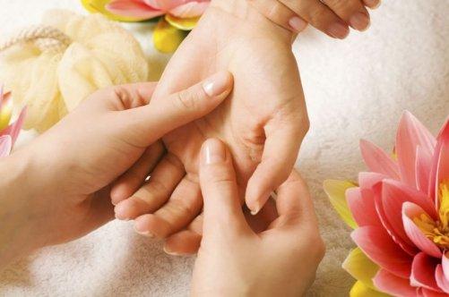 Как делать массаж левой руки