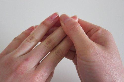 Почему сохнет кутикула вокруг ногтя? | Красивые ногти