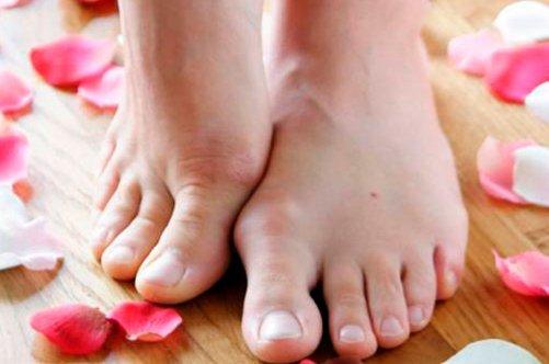 Рекомендуем почитать: Удаление вросшего ногтя на ноге
