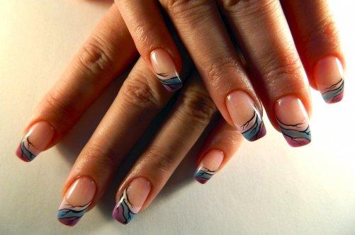 Дизайны на ногтях цветными гелями ...: mirnogotkov.ru/dizajn-nogtej/dizajny-na-nogtyax-cvetnymi-gelyami...