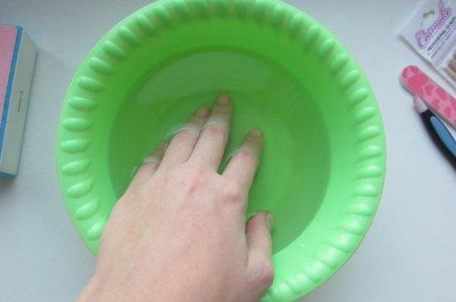 Ногти быстрее растут в воде