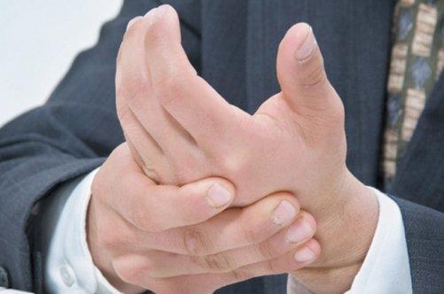 Чем реально можно вылечить грибок ногтей