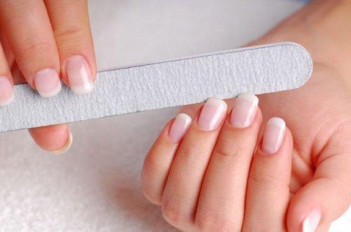 Как точить ногти пилочкой
