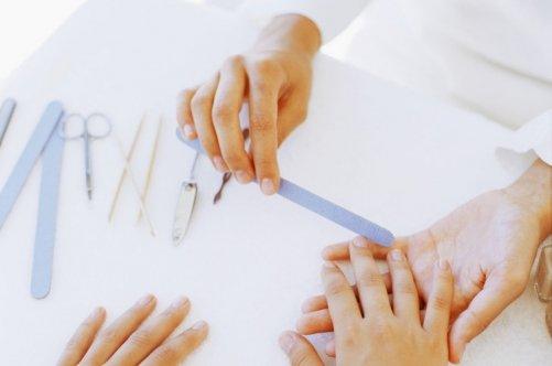 Всё что нужно для наращивания гелевых ногтей
